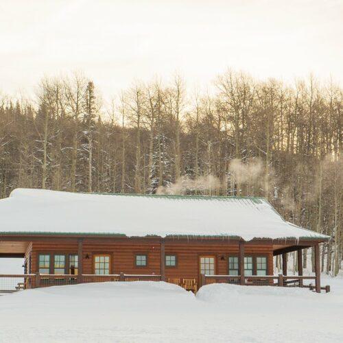 electric-mountain-lodge